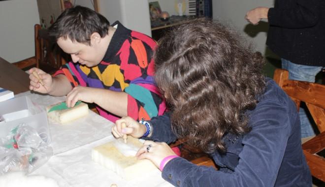 Centrul de zi Arca, ajutor  pentru persoanele cu dizabilități - adapostdeziarca9-1355065026.jpg