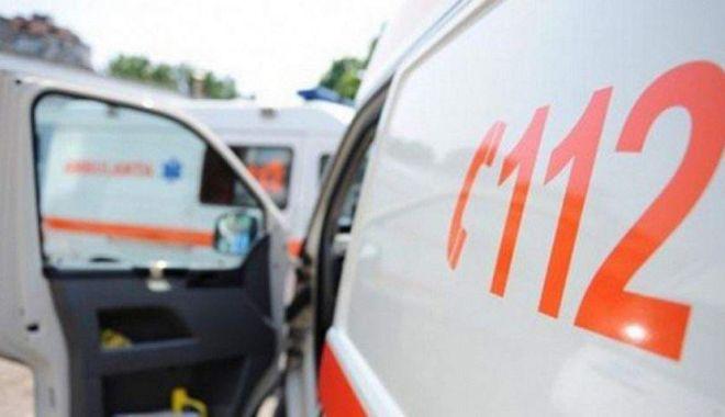 Foto: Adolescentă lovită de mașină, în Tuzla