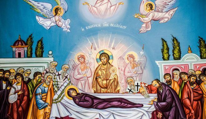 Foto: Ortodocșii vor sărbători Adormirea Maicii Domnului