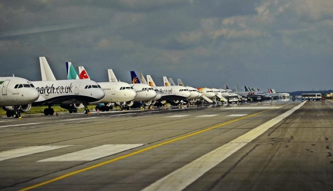 Foto: ALERTĂ! Pachet suspect, pe un mare aeroport