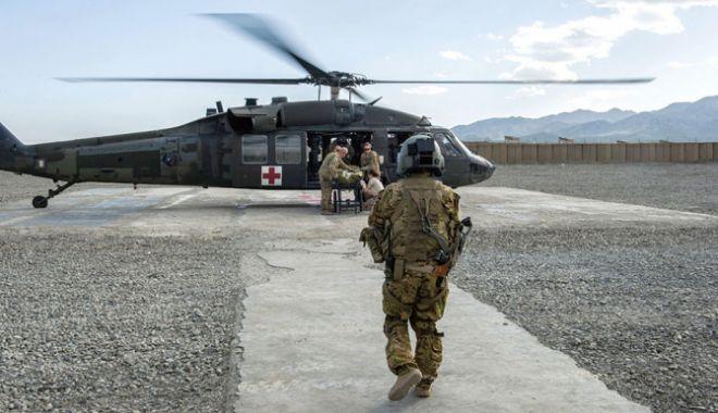 Foto: Un elicopter militar din Republica Moldova ar fi fost doborât de o rachetă, în Afganistan