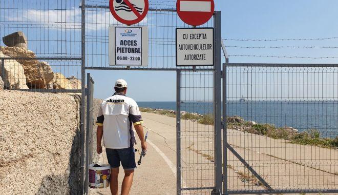 Liber la plimbări pe jos și cu bicicleta, pe digul de larg din Portul Constanța - afostredeschisdigul2-1596042385.jpg