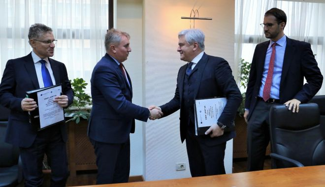 A fost semnat contractul pentru o investiție feroviară de 2,97 miliarde lei - afostsemnatcontractulpentruoinve-1583537826.jpg