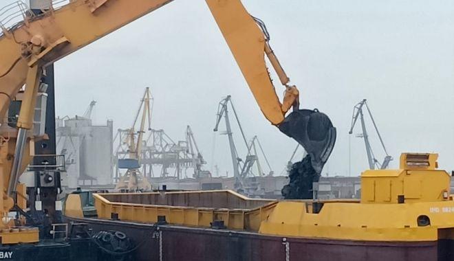 A fost stabilit consultantul pentru dragajul de investiție din portul Constanța - afoststabilitconsultantulpentrud-1574972664.jpg