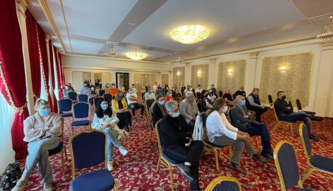 Agenţii economici din Mamaia, la discuţii cu autorităţile locale - agentiieconomici-1623768295.jpg