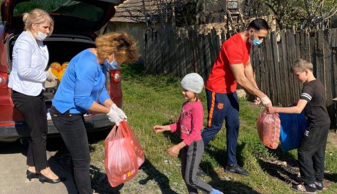 Campania de ajutorare a persoanelor defavorizate continuă - ajutoare-1589977762.jpg
