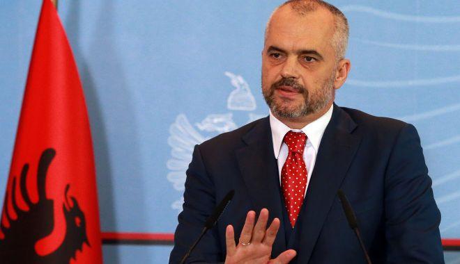 Albania vrea să-și intensifice eforturile pentru a deveni membră a UE - albania-1568571454.jpg