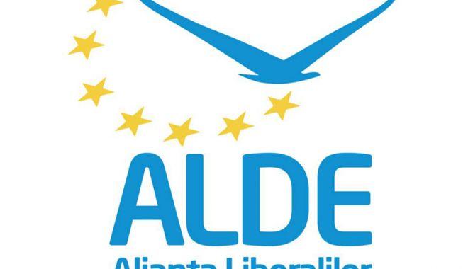 ALDE se reunește la Palatul Parlamentului.  Ce se află pe ordinea de zi - aldesigla-1535288869.jpg