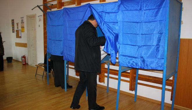 Foto: Alegeri prezidențiale. Mergeți la urne să votați ca pe urmă să nu regretați!