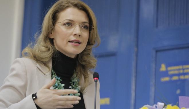 Liberalii amână discuția cu Cioloș privind