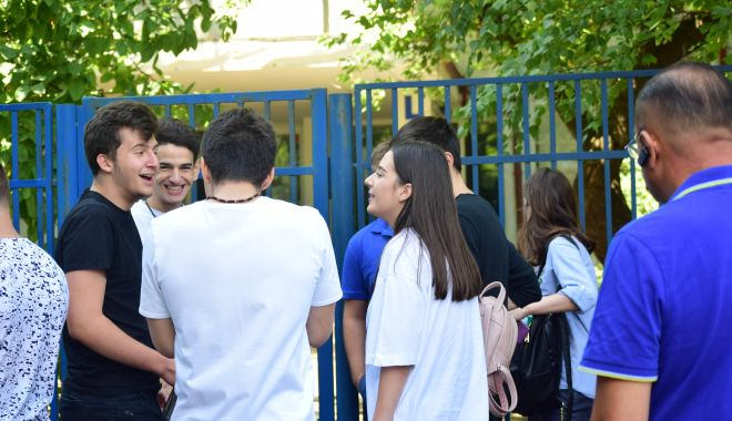 ISJ Constanța a rezolvat problema: elevii peste 18 ani vor primi alocațiile fără întârzieri! - alocatii18ani-1576268961.jpg