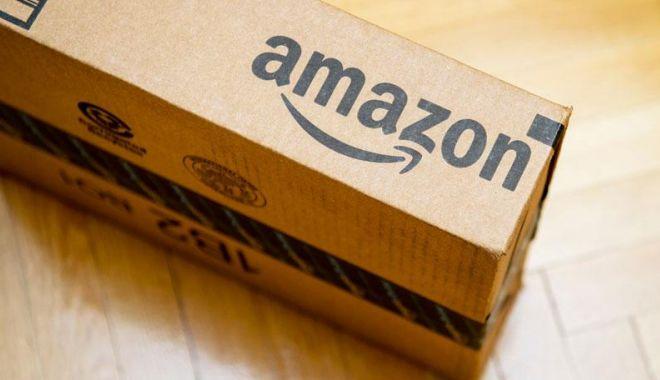 Foto: Amazon crește salariul minim al angajaților din UK și SUA