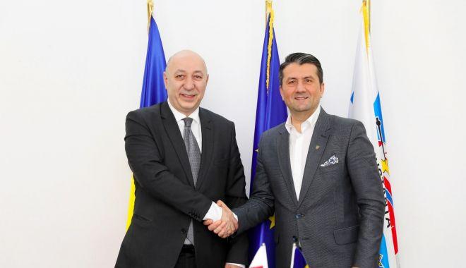 Foto: Ambasadorul Georgiei, vizită la Primăria Constanța