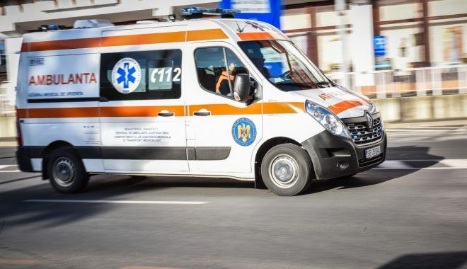 Foto: Trei copii răniți într-un accident rutier. Cel mai mic are doar 6 luni