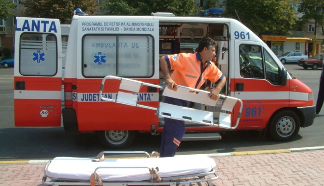 Foto: Situație critică la Ambulanța Constanța. Personal puțin, pacienți puși pe așteptare, mașini mai mereu în service
