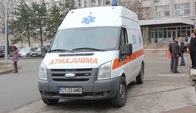 Foto: Ambulanța Constanța, apelată de sute de ori