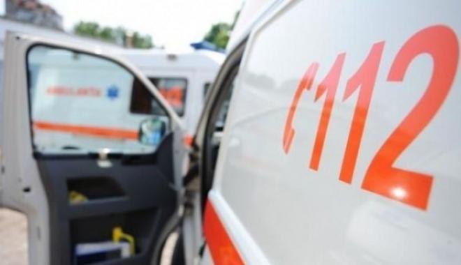 Foto: MOMENTE DE GROAZĂ PENTRU UN CONSTĂNȚEAN! A luat foc la locul de muncă, în timp ce repara o unealtă