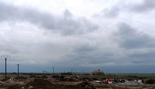 Amendat cu 30.000 de lei pentru că a aruncat gunoaiele lângă limanul Tatlageac - amendat-1617991459.jpg