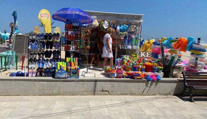 Foto: Amenzi la terasele și operatorii de la plaje din Eforie Nord