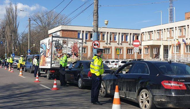 Zeci de șoferi lăsați fără permise, pe șoselele din județul Constanța! - amenzirutiera-1601385313.jpg