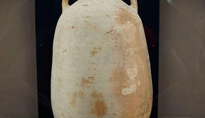 Piesă de colecție: amforă din secolele III - IV, la Muzeul de Istorie - amfora1-1562857126.jpg
