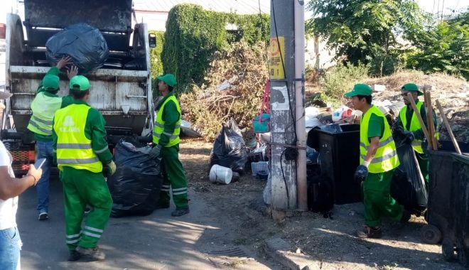 Foto: Amplă acțiune de igienizare pe strada Griviței din Constanța