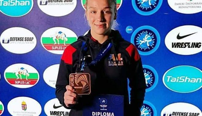 Foto: Constănțeanca Andreea Beatrice Ana, medaliată cu bronz la Mondialele de lupte