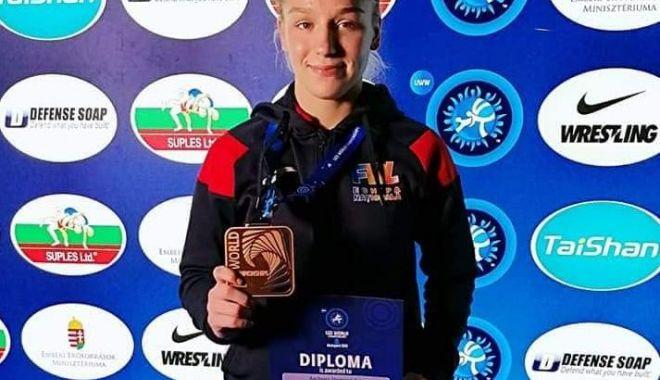 Foto: Andreea Beatrice Ana, medaliată cu bronz la Campionatele Mondiale de lupte