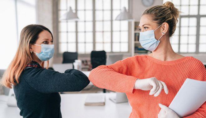 Angajații vindecați de Covid-19 nu sunt obligați să se retesteze - angajatii-1617814794.jpg