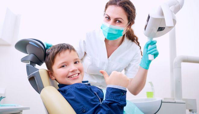 Sfatul medicului - Anomaliile dentare la copii pot fi prevenite prin controale repetate - anomaliidentare-1623847518.jpg
