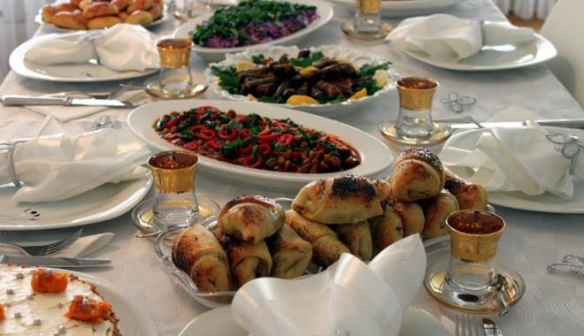 Antalya, o destinație de vacanță a tuturor posibilităților! - antaliabucatarie-1340379568.jpg