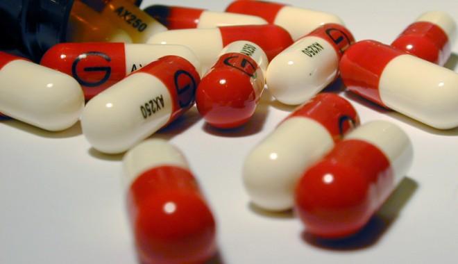 Foto: Atenție la consumul de antibiotice!