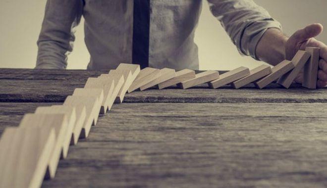Antreprenorii se tem că încă un val al pandemiei le-ar bloca activitatea - antreprenoriisetemmare-1611742981.jpg