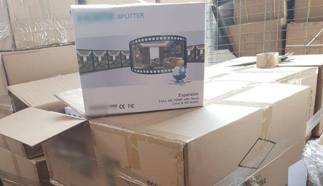 Foto: Aparate electrocasnice aduse din China, confiscate în Portul Constanța Sud