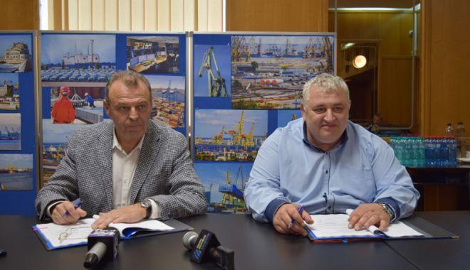Foto: A fost semnat contractul de finanțare pentru dragajul din Portul Constanța