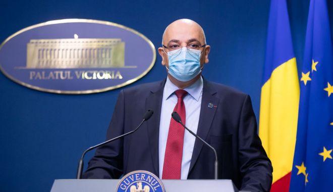 Raed Arafat: Dacă cineva refuză să poarte mască, nu va fi lăsat în secția de votare - arafat-1600155348.jpg