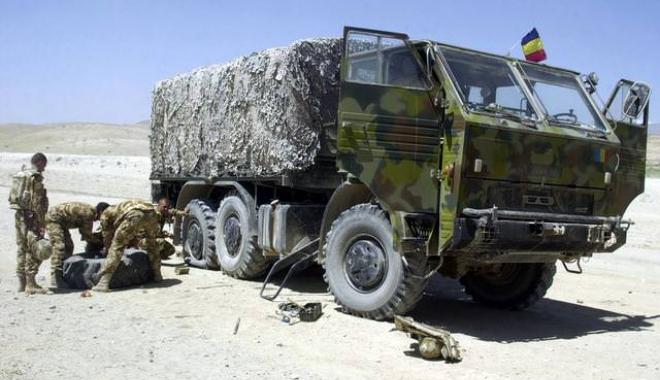 Foto: Salarii, hrană, condiții de muncă sau... fotbal? Care sunt prioritățile armatei
