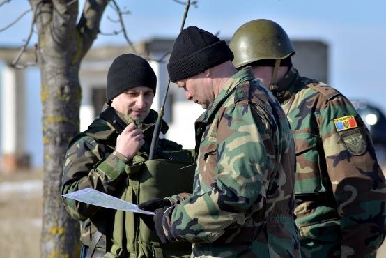 Foto: CRESC SALARIILE în Armată! Cine sunt militarii care beneficiază de sporul de 25%