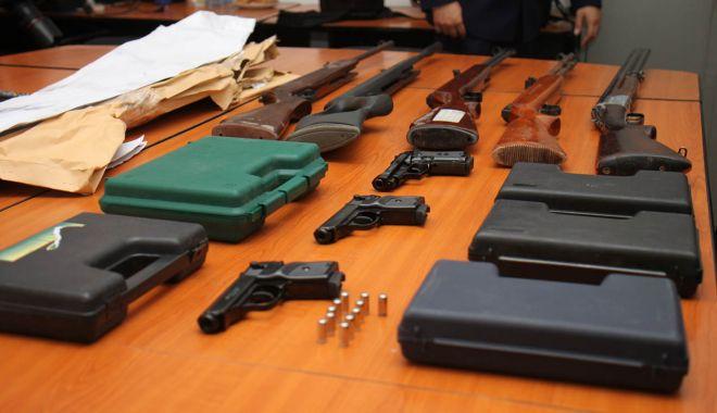 Foto: Deținătorii de arme, controlați la sânge: amenzi, confiscări și permise retrase!