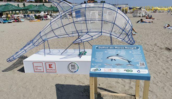 Artă din gunoaie. Puncte de colectare a deșeurilor reciclabile, pe plajele de pe litoral - artadingunoaie1-1595441423.jpg