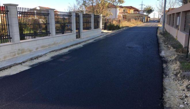 Foto: Șoferi, atenție unde parcați! Se asfaltează!
