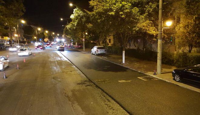 """Foto: Apel către șoferi: """"Evitați să parcați pe strada Soveja!"""""""