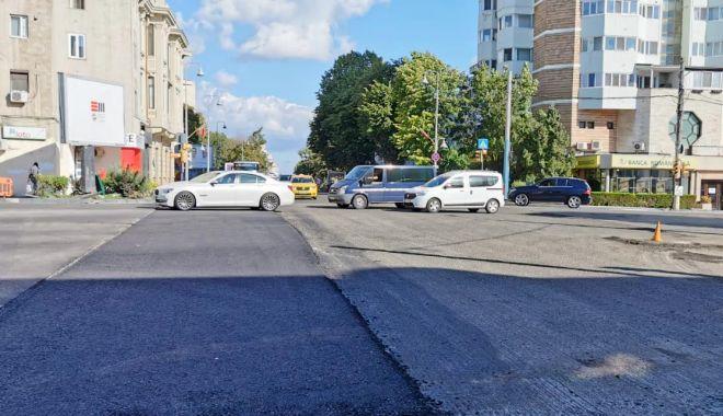 Foto: Primăria Constanța asfaltează marile bulevarde