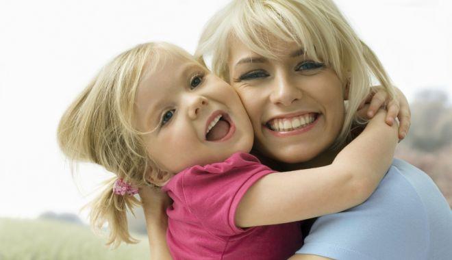 Protecția Copilului Constanța angajează asistenți maternali - asistenti-1574197648.jpg