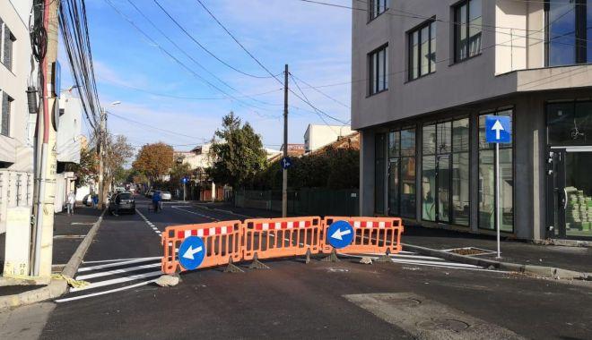 Atenție, constănțeni! Trafic restricționat în Faleză Nord. Se lucrează pe strada Unirii - atentiesoferi-1573026052.jpg