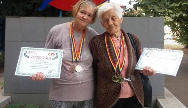 Atleţii veterani, pe podium la Campionatul Naţional - atletii-1601389025.jpg