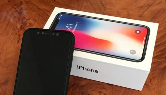 Foto: Au mințit că le-a fost furat IPhone-ul X, pentru ca să primească altul nou de la asigurare