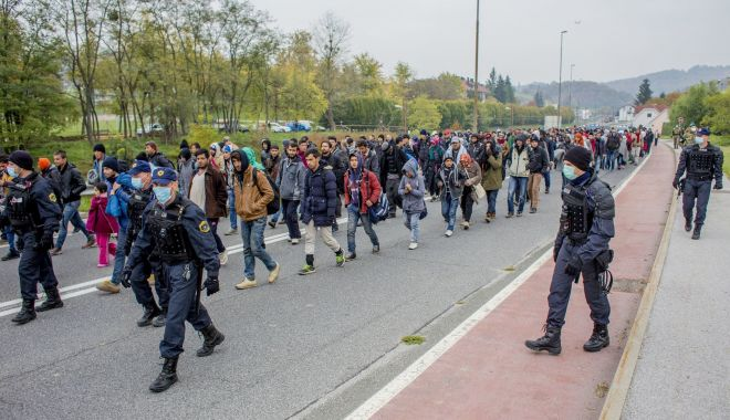 Foto: Austria extinde controalele la frontierele cu Ungaria și Slovenia