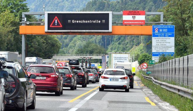 Foto: Austria introduce controale medicale punctuale la frontiera cu Italia