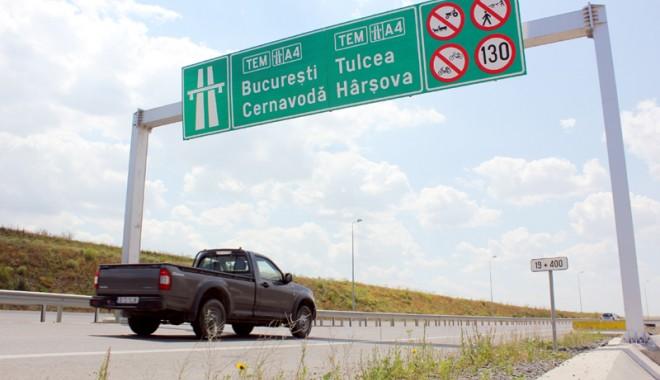"""Foto: Taxarea autostrăzilor / """"De la Pitești până la CONSTANȚA ... 3 euro pe suta de kilometri"""""""